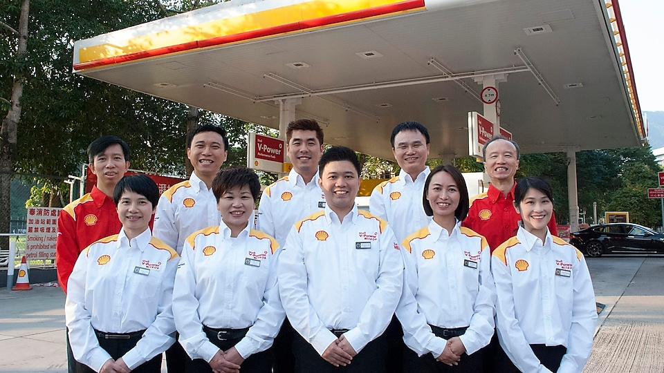 The Tai Hang Tung Shell Station retail team won the Team Award – Merit Award of Counter Service, for quality oil station services valued by its customers.